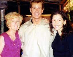 Dan Markingson with his mother and girlfriend, 2001