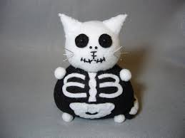 small halloween gifts skeleton cat pincushion black and white felt cat cute
