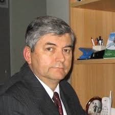 Juan Dixon. -Civil Electrical Engineer (Ingeniero Civil Electricista), Universidad de Chile. -Master of Engineering, Mc Gill University - jdixon