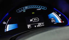 nissan leaf year changes buying a nissan leaf read this guide ecomento com