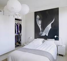 how to decorate bedroom on a budget moncler factory outlets com flower on vase side table small bedroom king bed yellow rustic decorating a small bedroom