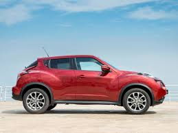 nissan juke white and red nissan juke 2015 pictures information u0026 specs