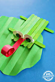 how to make a cupcake liner frog craft
