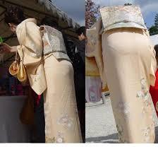着物のパンティーライン|