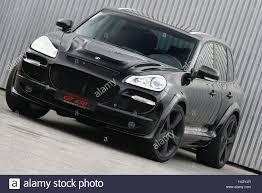 Porsche Cayenne Black - porsche cayenne gemballa avalanche gt 650 black front view