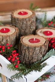 Homes With Christmas Decorations by Best 25 Wooden Christmas Decorations Ideas Only On Pinterest