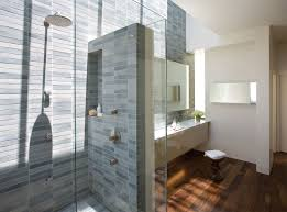 Pictures Of Small Bathrooms With Tile Shower Tile Designs For Small Bathrooms Gurdjieffouspensky Com