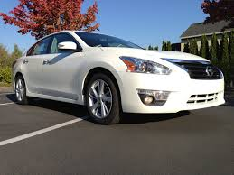 nissan altima for sale cheap green car reports 2013 best car to buy nominee nissan altima