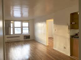 720 e 31 st brooklyn ny 11210 apartable livingroom