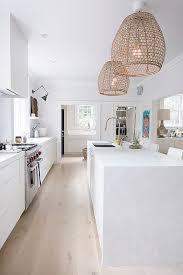 Beach House Light Fixtures by Best 25 Coastal Lighting Ideas On Pinterest Coastal Kitchen