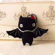 small halloween gifts halloween bat ornament pdf pattern on luulla