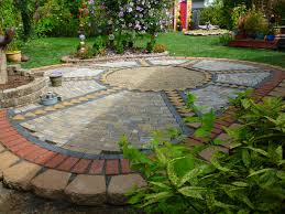 How To Seal A Paver Patio by Wow Thats A Busy Garden Creating A Paver And Pebble Mosaic Patio