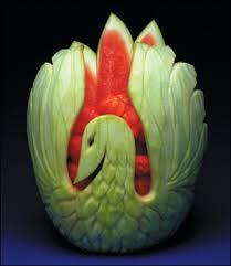 النحت على البطيخ images?q=tbn:ANd9GcS