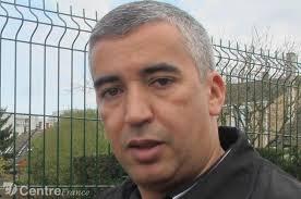 <b>Ahmed Qerrouani</b> a reçu plusieurs plaintes des locataires au sujet de <b>...</b> - 1244736