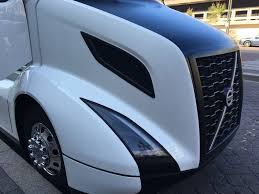2004 volvo truck concept semi trucks freightliner unveils big rig concept
