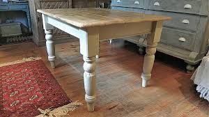 Delighful Farmhouse Kitchen Table Designed With Terracotta Floor - Farmhouse kitchen tables