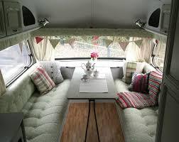 Pop Up Camper Interior Ideas by Best 25 Vintage Motorhome Ideas On Pinterest Vintage Camper