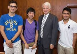 Teams of Bruins create apps to solve problems using latest     UCLA Newsroom Chancellors app team