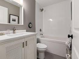 Calgary Bathroom Fixtures by 150 Oakbriar Close Sw Calgary Ab Condo For Sale Royal Lepage