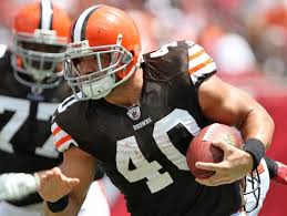 Browns running back Peyton Hillis is the only good NFL story besides the NFL draft.