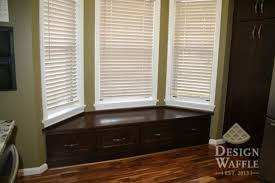 Bay Window Desk Makeovers And Cool Decoration For Modern Homes Pictures Of Bay