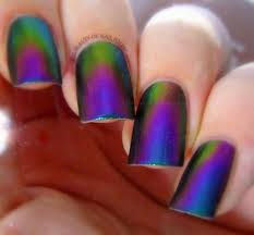 multichrome nail polish on the hunt