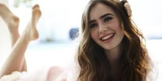 She's atractive but bitter {Lilian's relationships} Images?q=tbn:ANd9GcS7hynBen76gm6EtM0-Bt-ToUJwopM-v9lKRsBiwEyzsm-Gl5iG&t=1