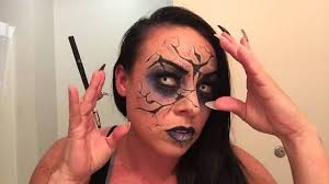 tips on halloween makeup 3d cracked doll and spider in the mouth