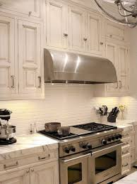 Beautiful Kitchen Backsplash Ideas Hative - White kitchen backsplash ideas