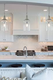White Subway Tile Backsplash Ideas by Best 25 Glass Subway Tile Backsplash Ideas On Pinterest Glass