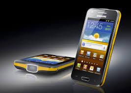 هاتف سامسونج الجديد Galaxy Beam يتحول لبروجيكتور ٥٠ بوصة بالصور