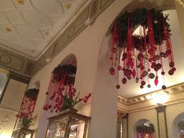 Christmas Decor In The Home Awesome 60 Medium Hotel Decoration Inspiration Design Of