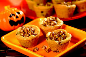 two recipes for festive halloween desserts
