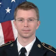 A la gente como Manning en este país se les solía llamar patriotas y no criminales – Ron Paul. Bradley Manning se ha declarado hoy inocente del ... - bradley-manning