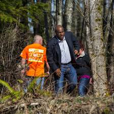 Jesse Jones is back  Seattle     s superhero consumer reporter is now     Jones  a self described    Tacoma homeboy     walks through a thicket along