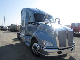 kenworth t700 for sale used 2011 kenworth t700 sleeper for sale in ca 1136