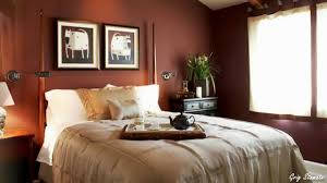 how to decorate a bedroom with red walls youtube