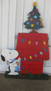 Christmas Yard Decoration Images 107 Best Snoopy Christmas Images On Pinterest Snoopy Christmas