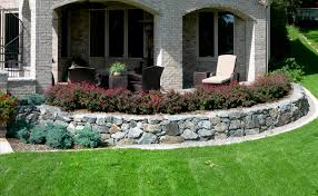 Stone Cladding For Garden Walls by Bluestone Reflections From Wandsnider Landscape Architects