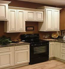 How To Paint Veneer Kitchen Cabinets Kitchen Room Design Small Kitchen Small White Laminated Modern