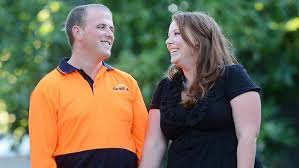 Pip and Dan met on a dating website and are getting married  He     s a tradesman and she works in the corporate sector  Picture  Andy Drewitt