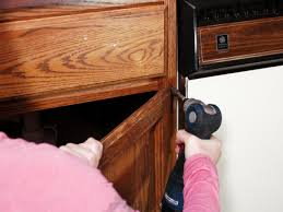 Remove Kitchen Cabinets by How To Paint Kitchen Cabinets How Tos Diy