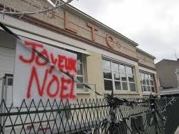 La cité du cinéma de Joinville-le-Pont amputée de son fleuron Images?q=tbn:ANd9GcSJs1seuJuYWFX2WNtFOqi-9I26kYF_fqHrDU9b3NkSweO459HedA