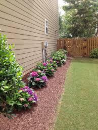 10 Cheap But Creative Ideas For Your Garden 4 Side Yard