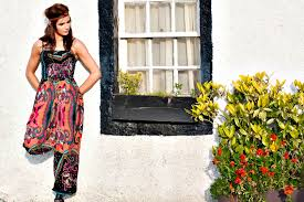 70 S Fashion 15 Affordable U002770s Clothing Pieces You Need To Make Your Wardrobe