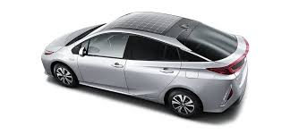 toyota motor car toyota brings back the solar panel on the plug in prius prime