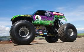 bigfoot king of the monster trucks going for a ride in grave digger video motor trend