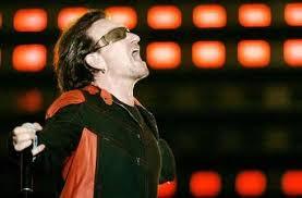 Bono ed i suoi capelli... trapianto o magggia??? - Pagina 6 Images?q=tbn:ANd9GcSM4V5-gjs1VVv1fc5n-pcsNmVGQ_j6htoDie13f_OZhG9b5hec
