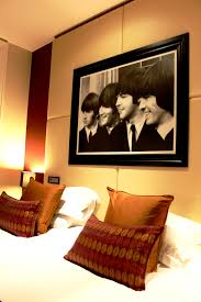 Livingroom Liverpool Hard Days Night Hotel Liverpool Feet On The Ground
