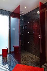 Bedroom Wall Gets Wet Wet Room Decor And Design Ideas